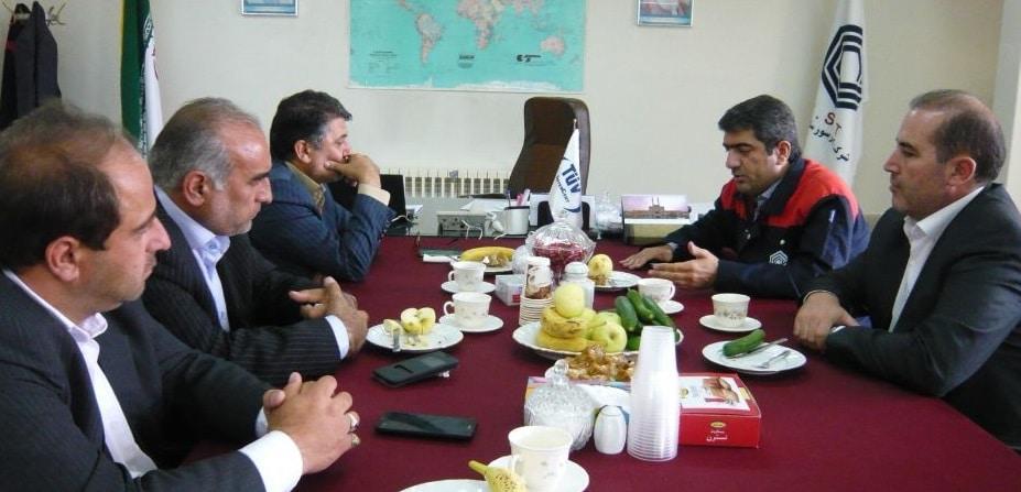 بازدید رئیس منطقه شمال غرب بانک شهر از شرکت کمپرسورسازی تبریز